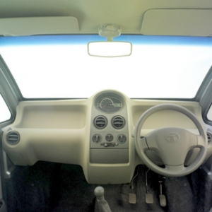 video--photo-gallery-of-tata-nano-1